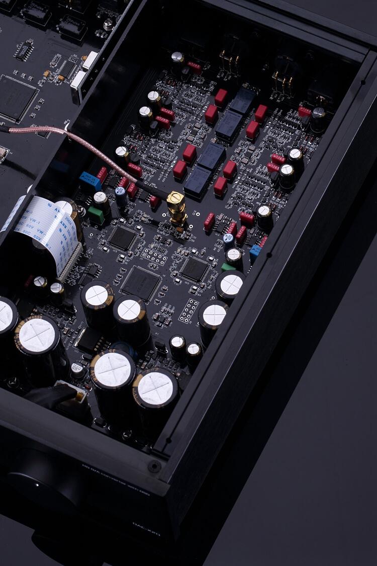 Sezione analogica e digitale del dac Gustard X20